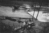 Viktorčin_splav_po_povodni_v_roce_1948_pamětník_BN